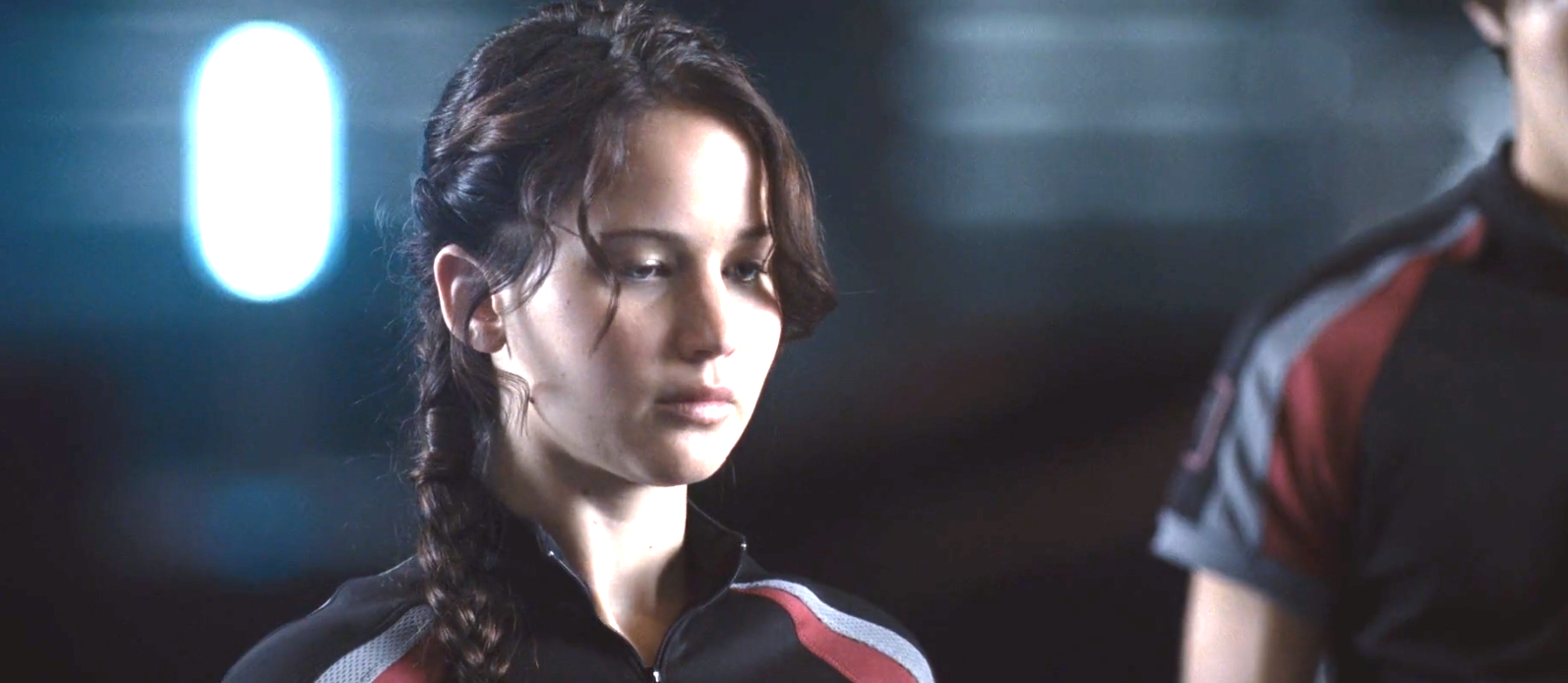 Jennifer Lawrence Katniss sporty side braid hairstyle