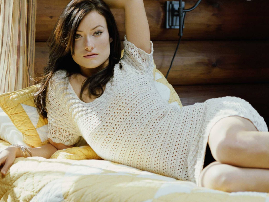 Olivia wilde long brunette hair