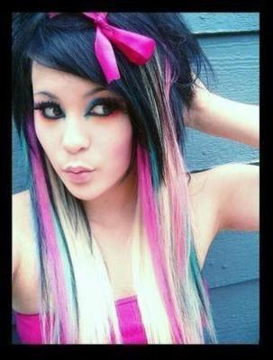 black_emo_hair_pink_blue_highlights