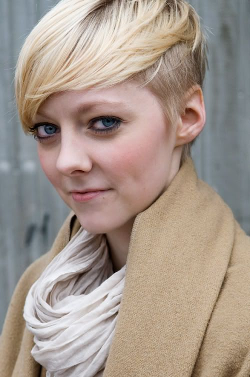 blond forward swept short hairstyle