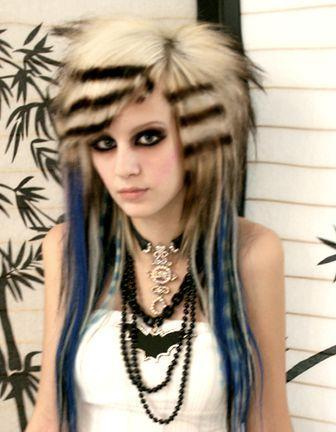 blonde_with_blick_stripes_emo_hairstyle