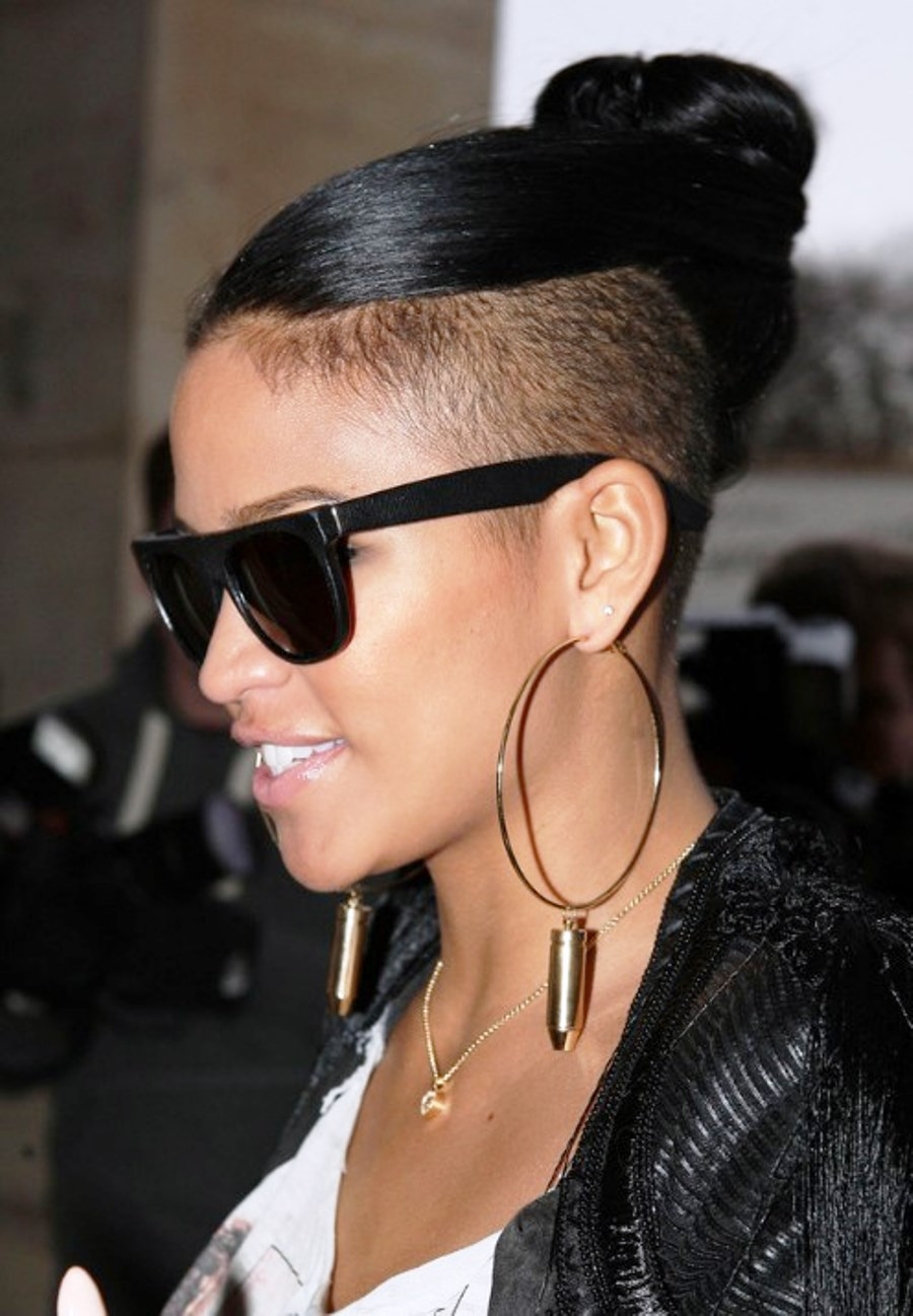 cassie ventura top knot tied hair