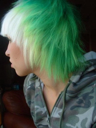 green_blonde_emo_hair
