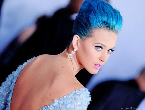 katy perry dyed blue classy up-do hairstyleat the GRAMMY Awards