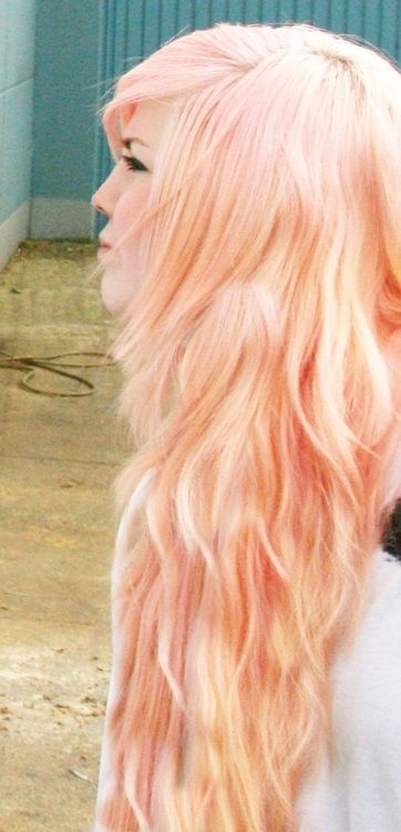 long wavy peach colored hair