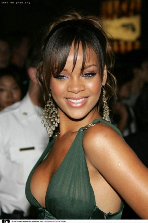 rihanna long classy up-do hairstyle