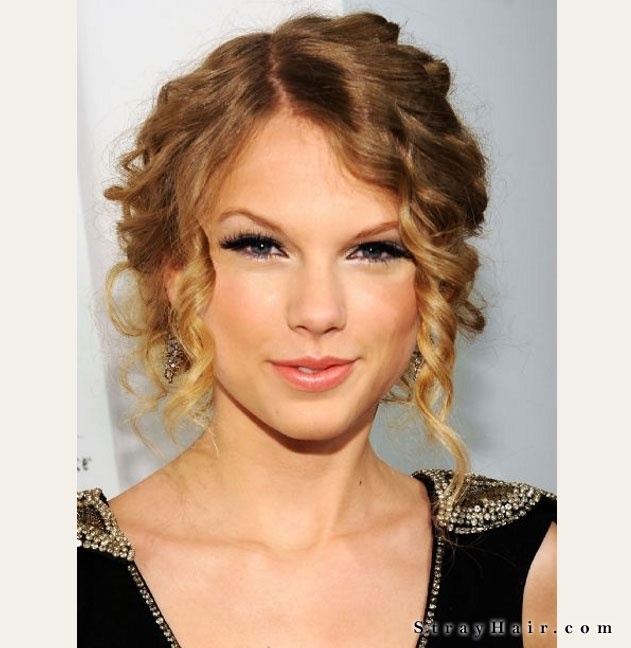 taylor swift curlly updo hair