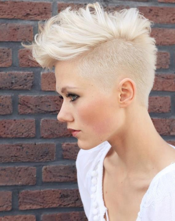 10 side undercut hairstyles for women – StrayHair Wavy Hair Tumblr Back Of Head