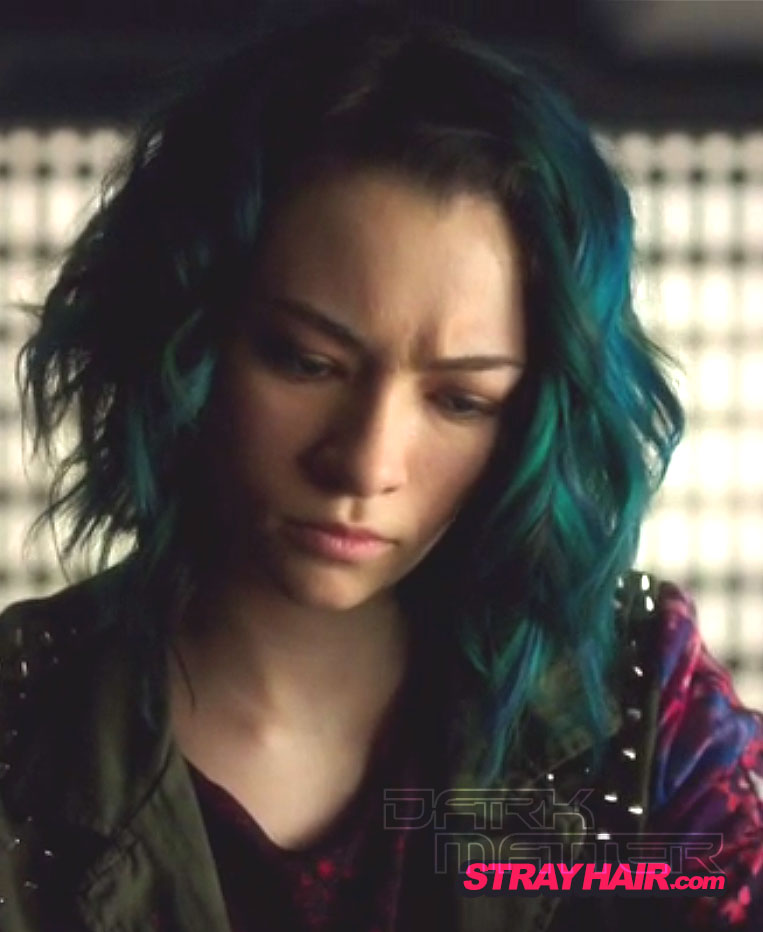 DarkMatter TV Show Jodelle Ferland  BlueGreen Hair