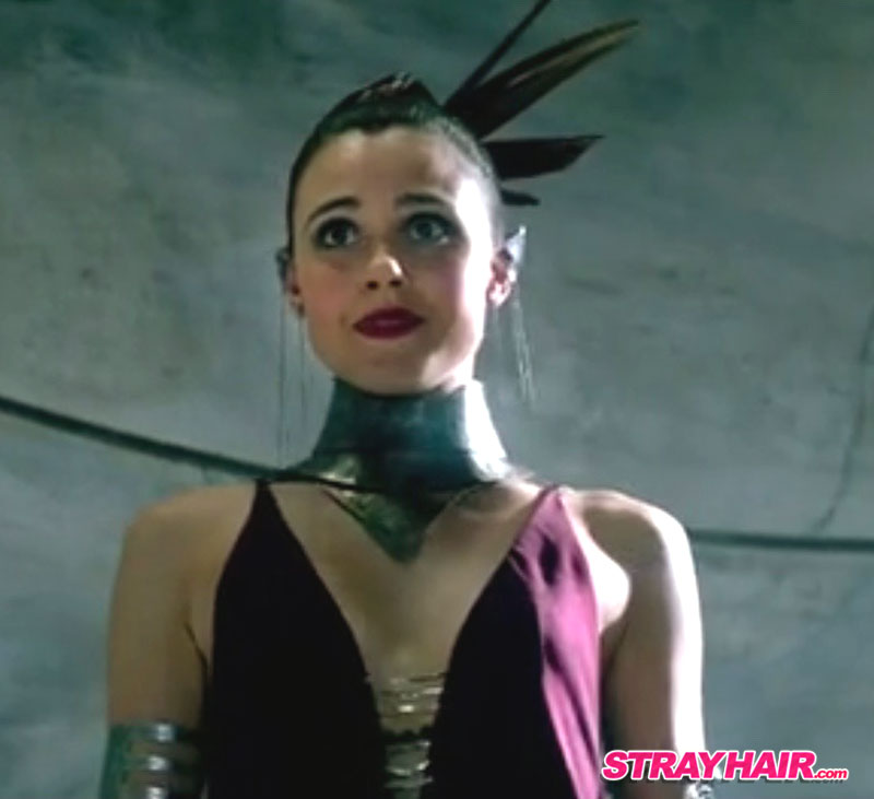 Amberle sharp hairstyle in The Shannara Chronicles