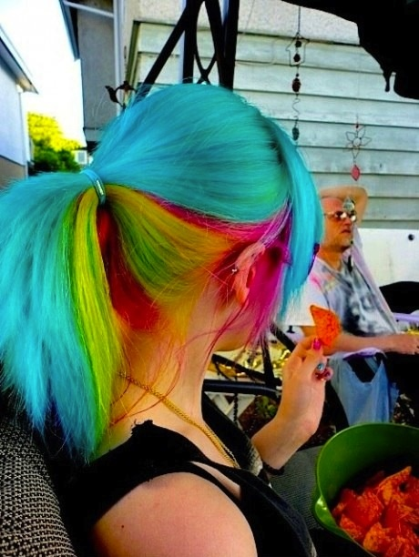 blue top rainbow hairstyle