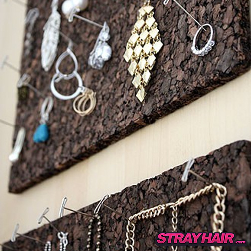cork board jewlery storage