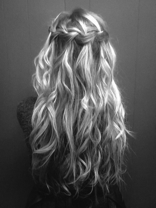 long wavy hair with cute loose braid
