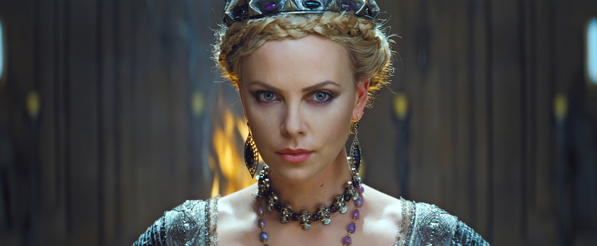 snow white huntsman braid crown hairstyle charlize theron