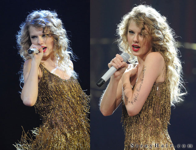 taylor in concert super curly hairstyle