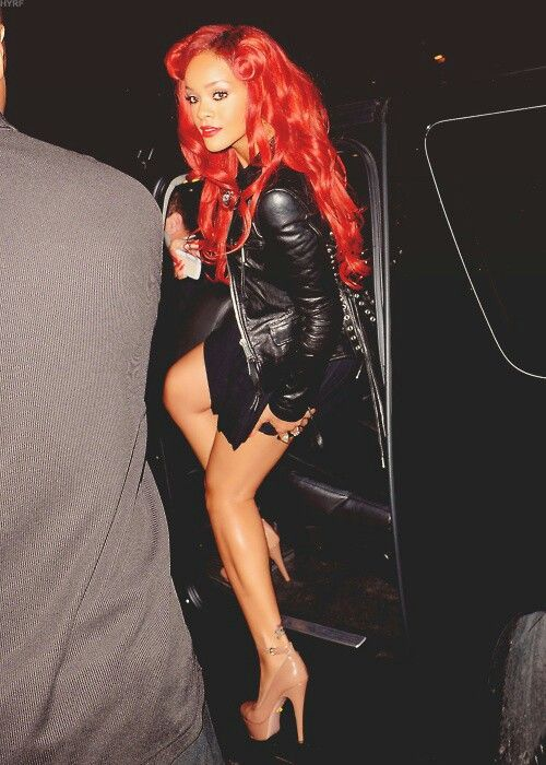 25 Great Photos Of Rihanna S Red Hair Strayhair