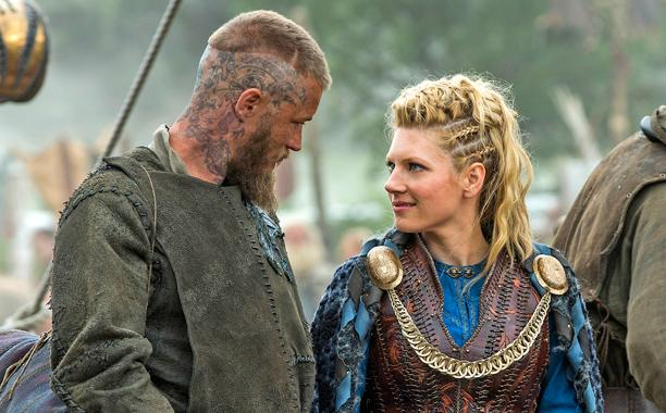 vikings Katheryn Winnick hairstyle side braids