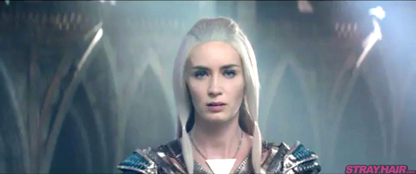 Emily Blunt Ice Queen white hair Simple Hairstyle The Huntsman Winters War