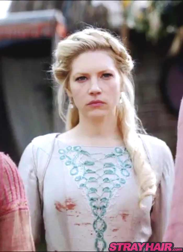 Lagertha Katheryn Winnick Vikings season 4 softer elegant hairstyle